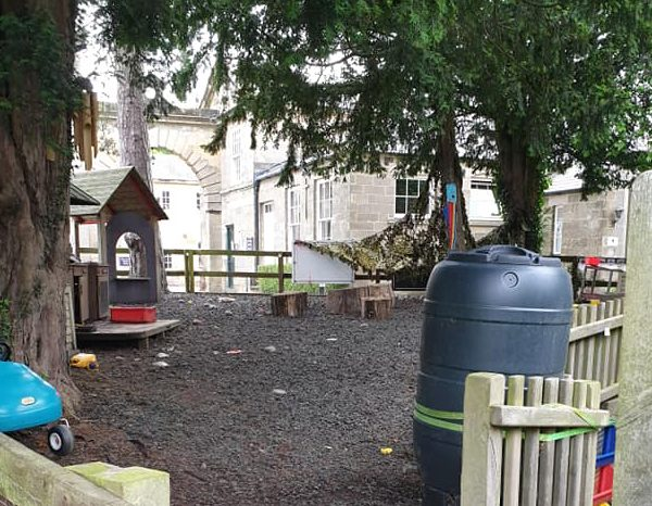 Baldersby-Park_outdoor-setting